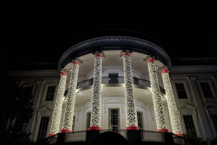 Image: US-POLITICS-CHRISTMAS