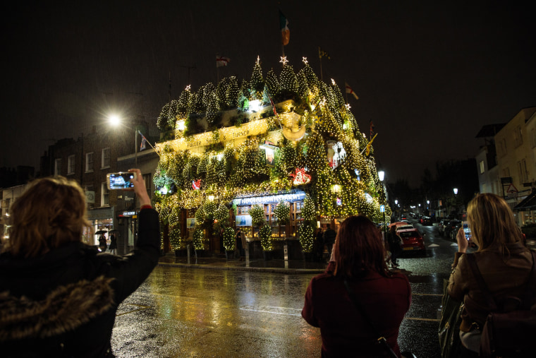 Image: Kensington's The Churchill Arms Lights Up For Christmas