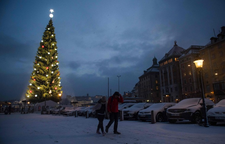 Image: SWEDEN-TRADITION-CHRISTMAS-TREE