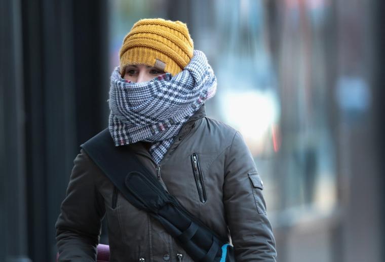 Image: Frigid Arctic Blast Sends Chicago Temperatures Into Single Digits