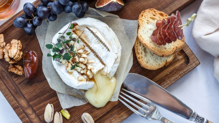 Martha Stewart's Baked Brie with Boozy Fruit Compote recipe