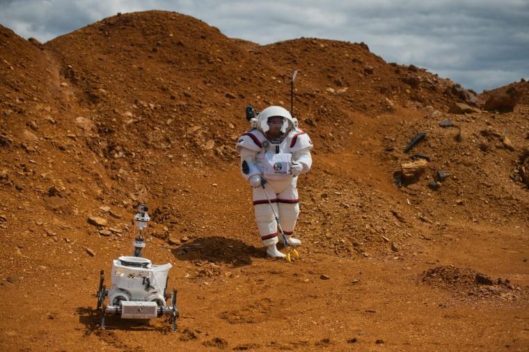 Image: SPAIN-TECHNOLOGY-SPACE-MARS-MOONWALK