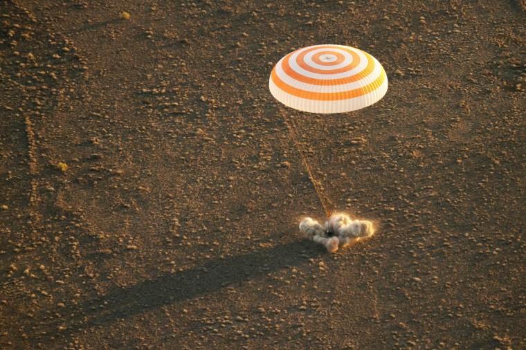 Image: The Soyuz TMA-20M spacecraft lands near the town of Zhezkazgan