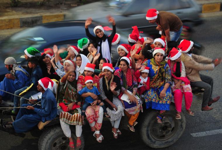 Image: TOPSHOT-PAKISTAN-RELIGION-CHRISTMAS