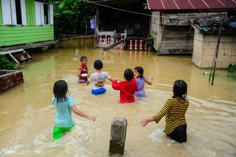 Image: TOPSHOT-THAILAND-SOUTH-FLOOD