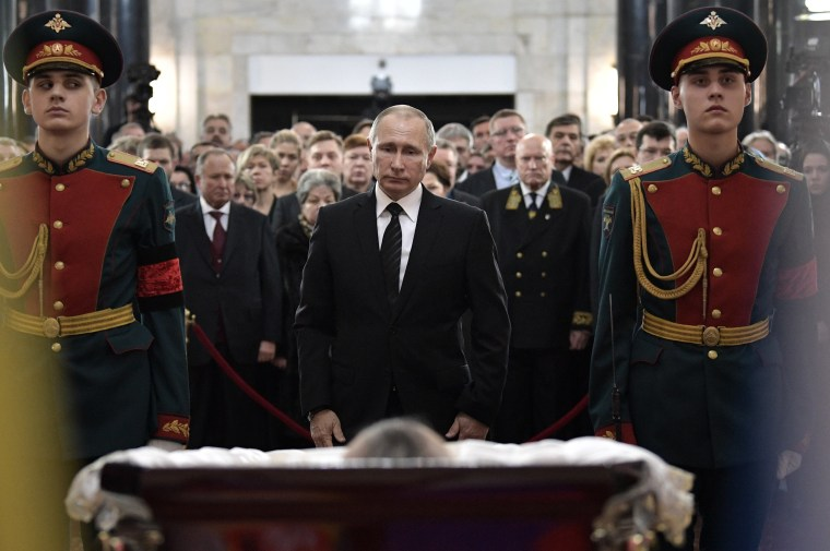 Putin Mourns 'Hero' Russian Ambassador Assassinated in Turkey