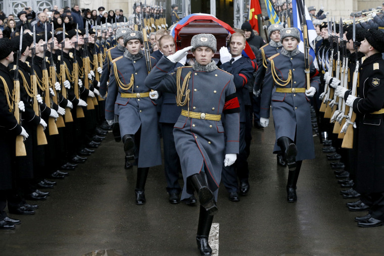 Image: Russian servicemen carry a coffin with the body of the Russian Ambassador to Turkey Andrei Karlov after a farewell ceremony at the offices of the Russian Foreign Ministry, Dec. 22.