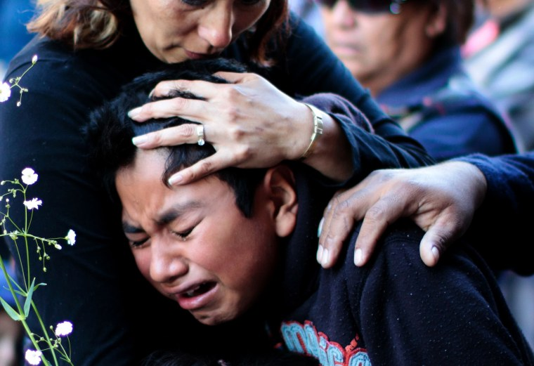 Image: TOPSHOT-MEXICO-MARKET-BLAST-VICTIMS-FUNERAL
