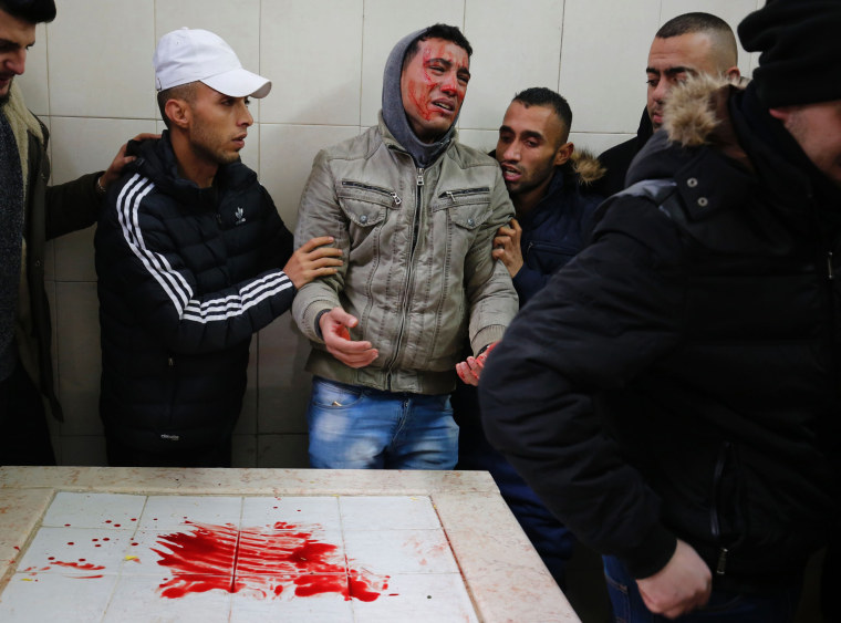 Image: TOPSHOT-PALESTINIAN-ISRAEL-CONFLICT-FUNERAL