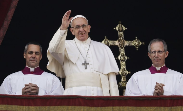 Image: Pope Francis delivers the Urbi et Orbi Christmas' day blessing