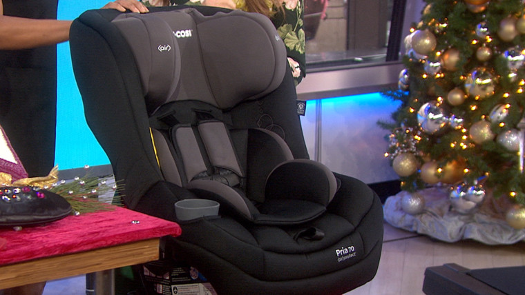 A top-rated car seat can be had for $100 off all the way through January.