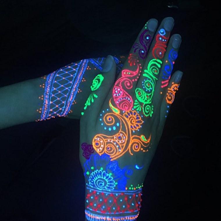 UV Henna Tattoos