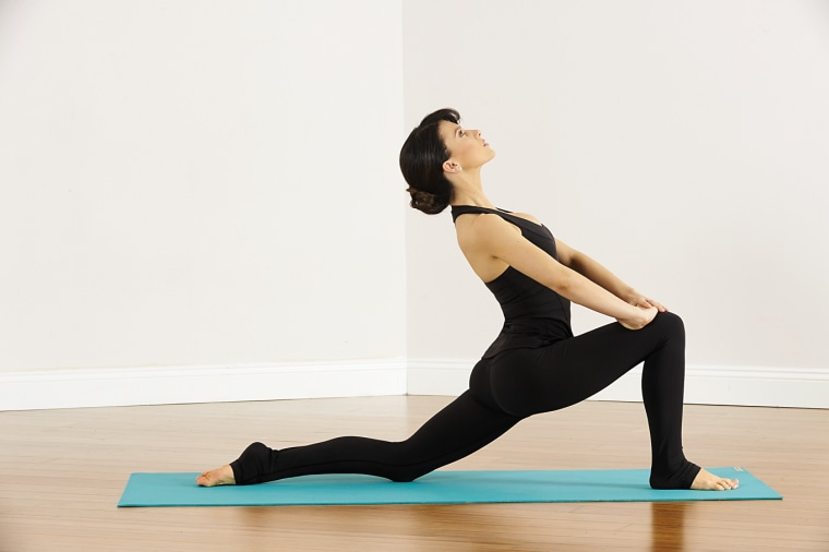 hilaria baldwin yoga sequence