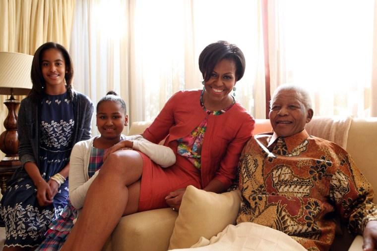 Michelle Obama, Malia Obama, Sasha Obama, Nelson Mandela