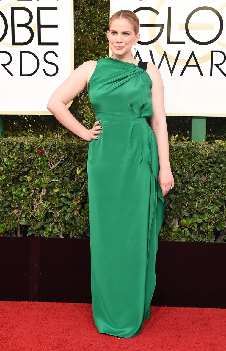 Anna Chlumsky Golden Globes red carpet 2017