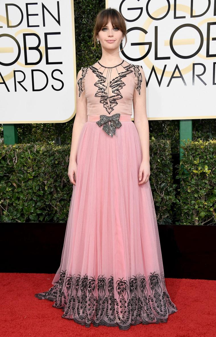 Felicity Jones Golden Globes red carpet 2017