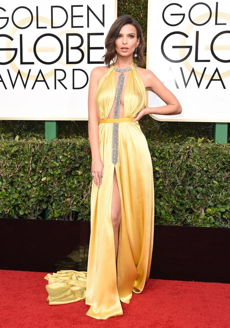 Emily Ratajkowski Golden Globes 2017