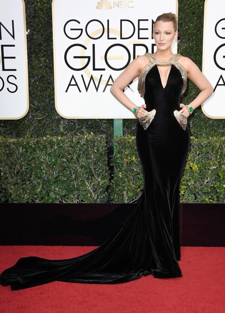Blake Lively Golden Globes 2017