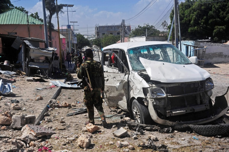 Suicide Car Bomb Kills 3 Outside Somalia's Mogadishu Airport