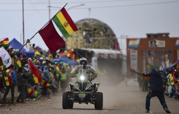 Image: AUTO-MOTO-RALLY-DAKAR-STAGE5