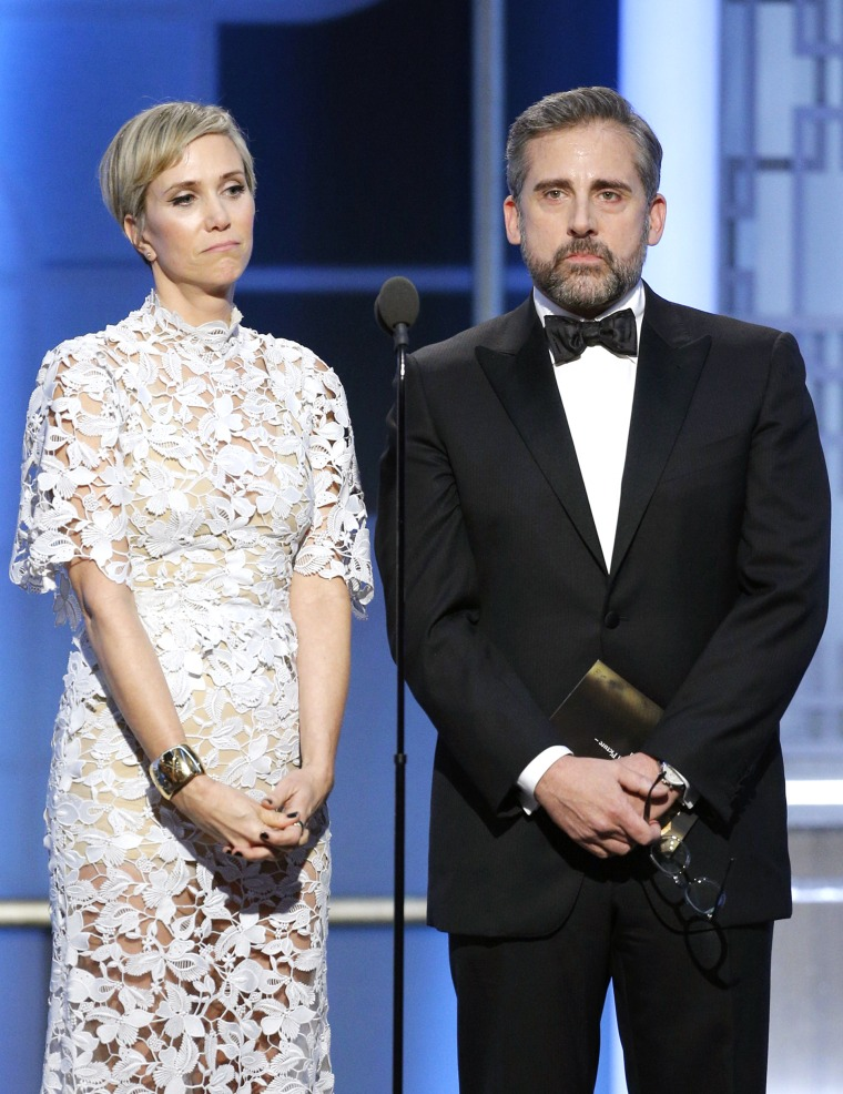 Kristen Wiig  and Steve Carell onstage during the 74th Annual Golden Globe Awards at The Beverly Hilton Hotel on January 8, 2017 in Beverly Hills, California.