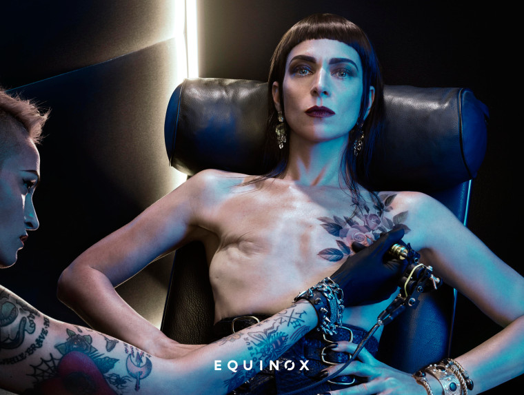 """Samantha Paige bearing her double-mastectomy scars in a new Equinox campaign called """"Commit to Something."""""""