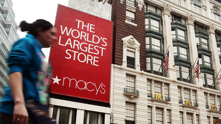 Image: Macy's To Cut Thousands of Jobs; Cites Disappointing 2015