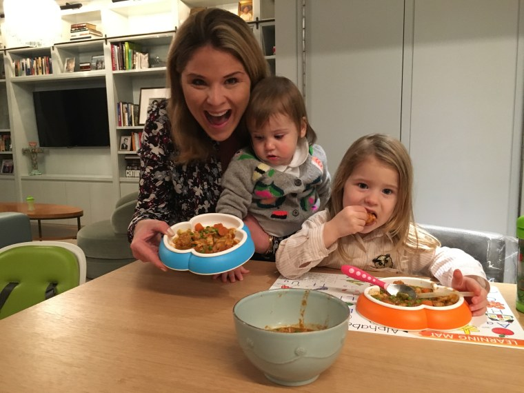Jenna Bush Hager and her daughters enjoy Joy Bauer's chicken and veggie curry