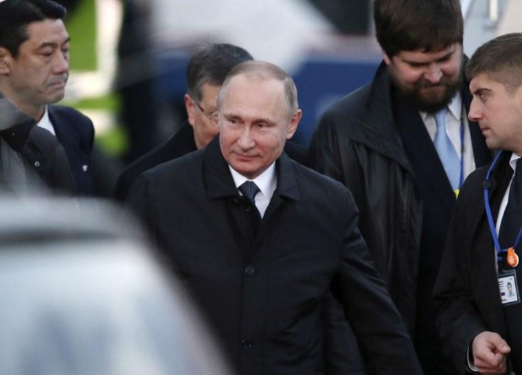 Image: Vladimir Putin visits Japan