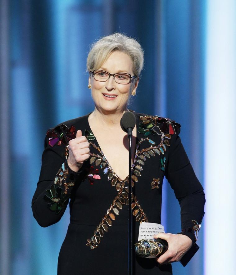 Image: BESTPIX: 74th Annual Golden Globe Awards - Show