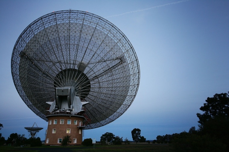Image: CSIRO's Parkes Observatory radio telescope is seen on June 13, 2009 in Parkes, Australia.