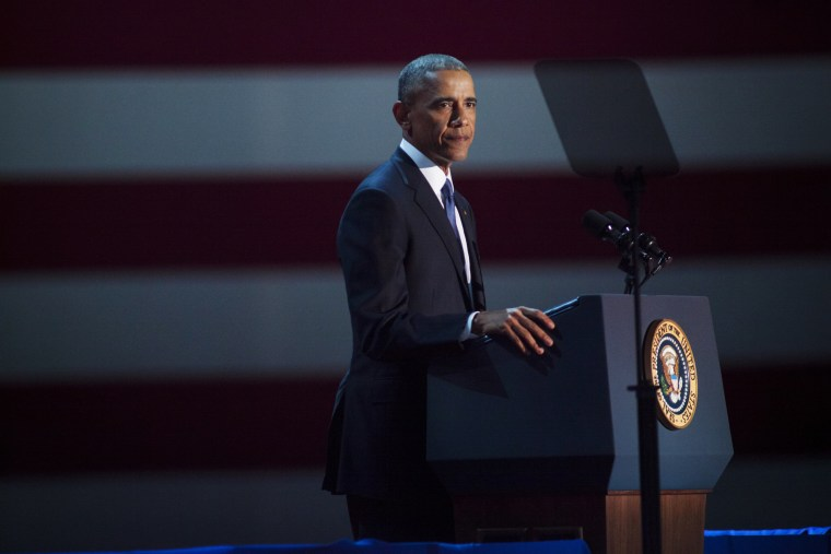 Image: Obama speaks to supporters during his farewell speech