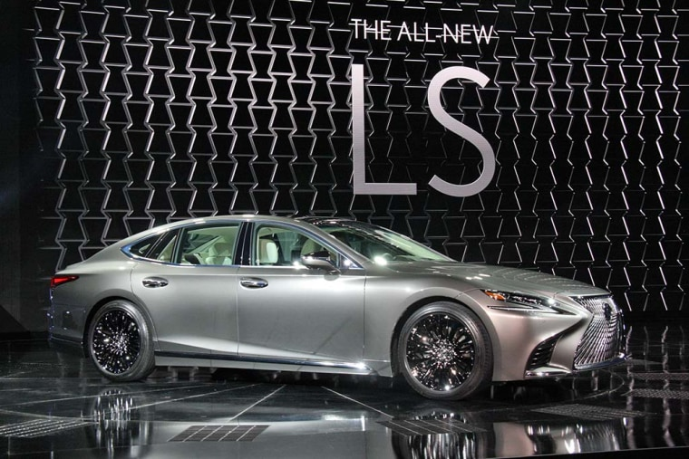 For 2018, the Lexus LS comes loaded with an array of semi-autonomous technologies.