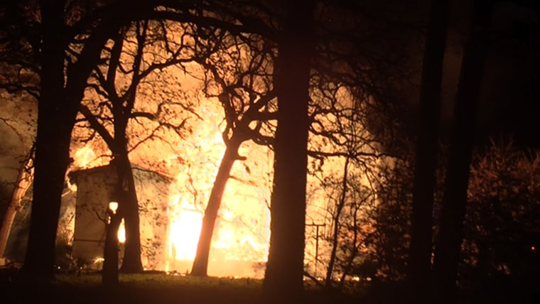 a 911 dispatcher who took a call from her own daughter when her house went up in flames