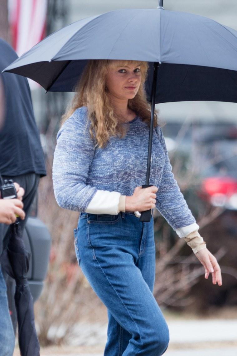 "Margot Robbie tranforms into Tonya Harding for ""I, Tonya"""