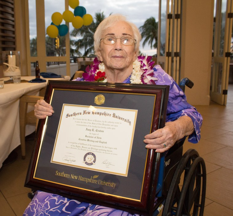 Snhu Online Degrees >> 50 Years Later 94 Year Old Woman Graduates College With 4 0 Gpa