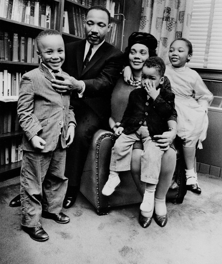 Image: King and his family in March 1963
