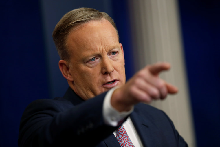 Image: Spicer holds his first press briefing at the White House