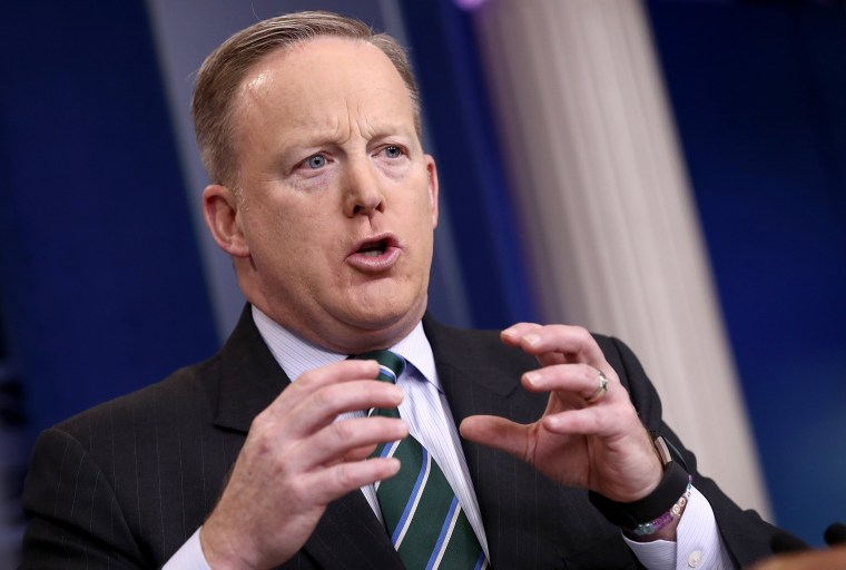 Image: White House Press Secretary Sean Spicer Holds Daily Briefing