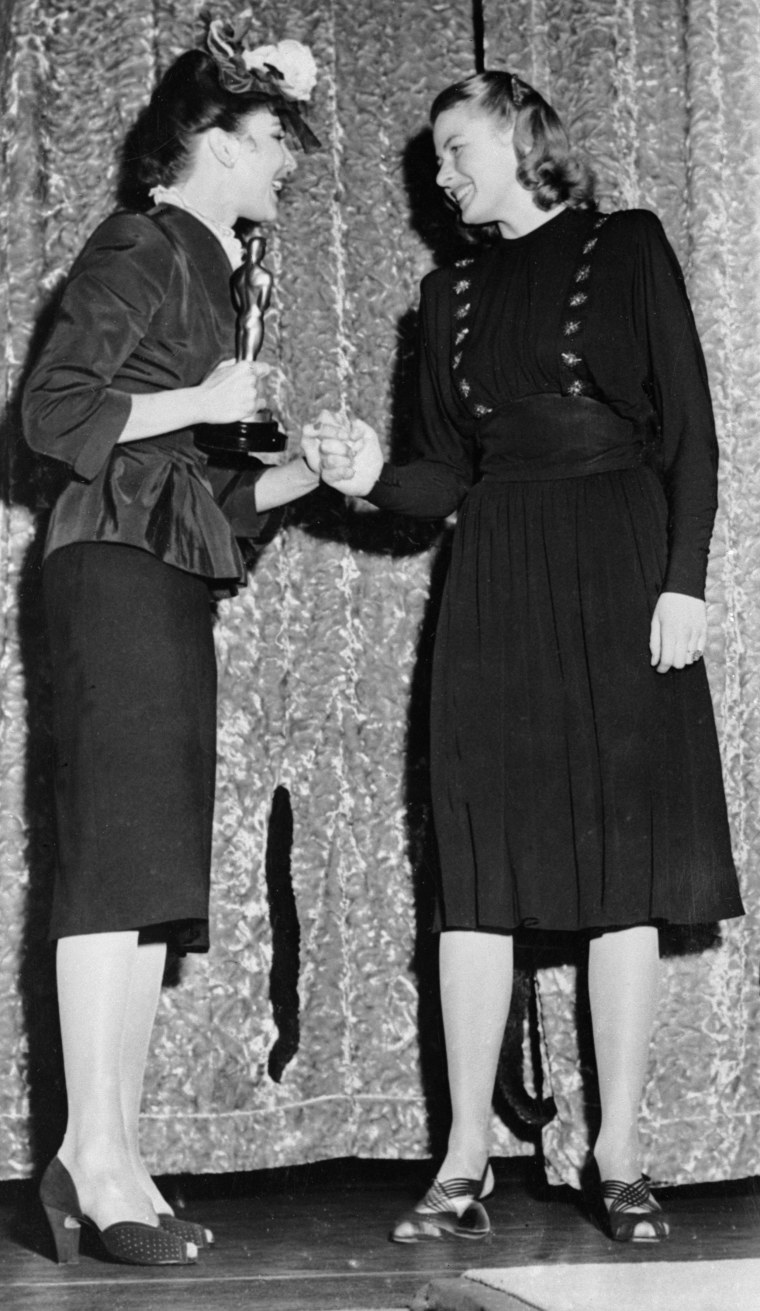 Ingrid Bergman And Jennifer Jones Oscars 1945