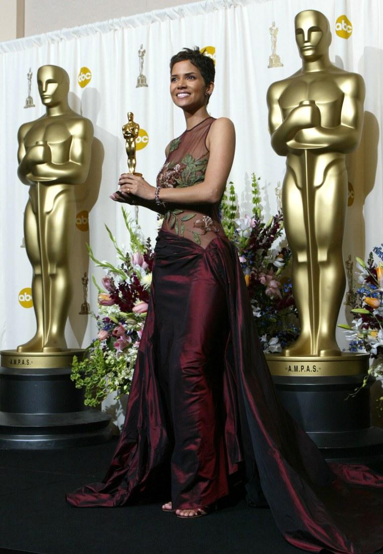Halle Berry Oscars 2002