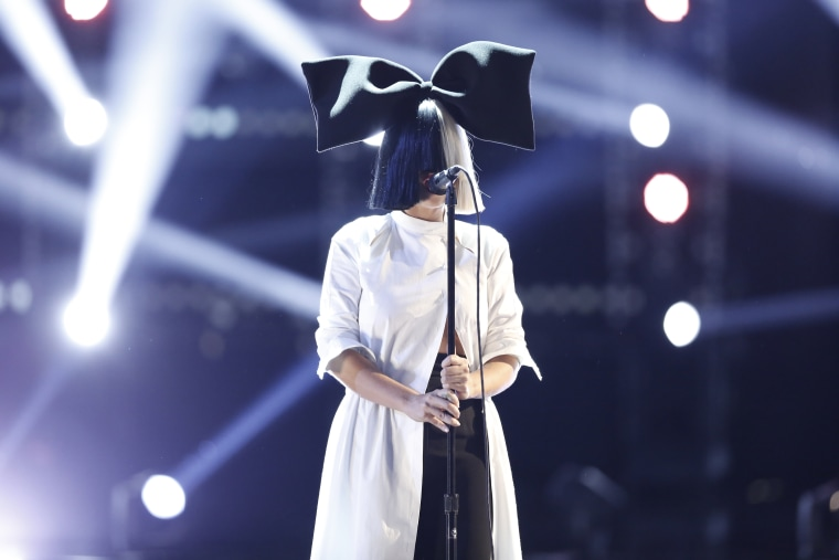 Image: Singer Sia at The Voice, Season 9