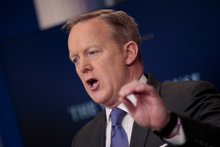 Image: White House Press Secretary Sean Spicer Holds Daily Press Briefing In White House