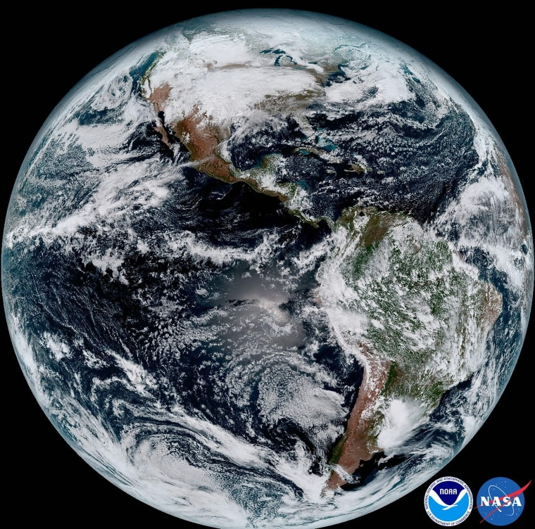 Image: SPACE-US-EARTH-GOES 16