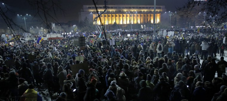 Image: Romanians protest against pardon ordinance adopted by the government