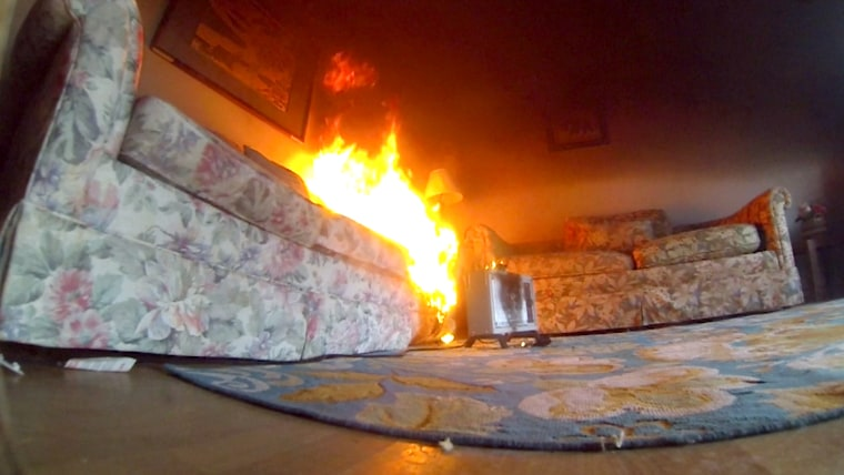 Space heaters: House fire demonstration