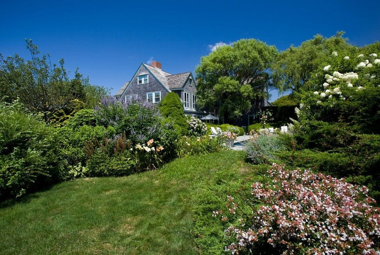 Grey Gardens\' home is for sale — and it looks so much better