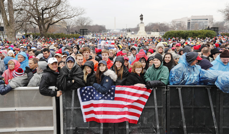 Image: Crowds attend Trump's inauguration