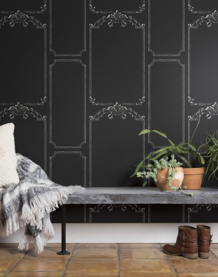 Chalkboard: True to it's name, you can grab a piece of chalk and keep track of your daily errands and affirmations, too!