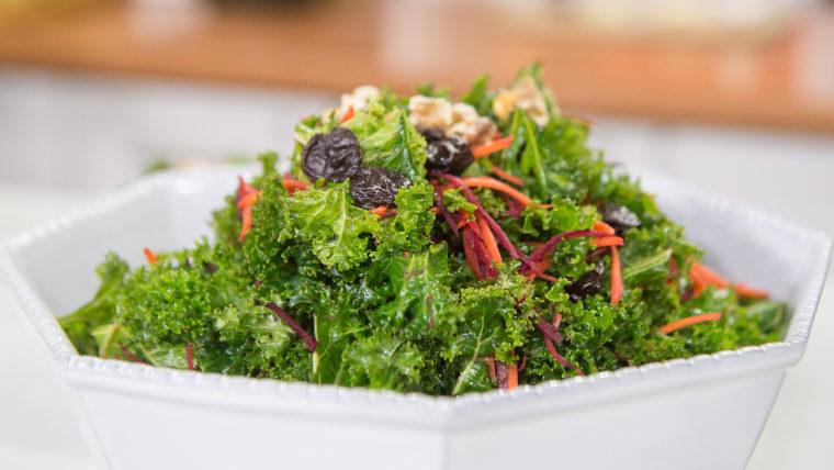 Kale and avocado salad